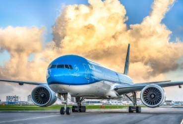 KLM retains five-star APEX status