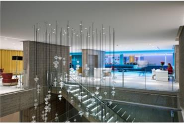 NH Collection Eurobuilding is NH's new flagship property in Spain's capitol Madrid. The 431-room four-star hotel offers an unmatched culinary experience in four wonderful restaurants and a new 'Living Lab' technology experience in four special rooms.